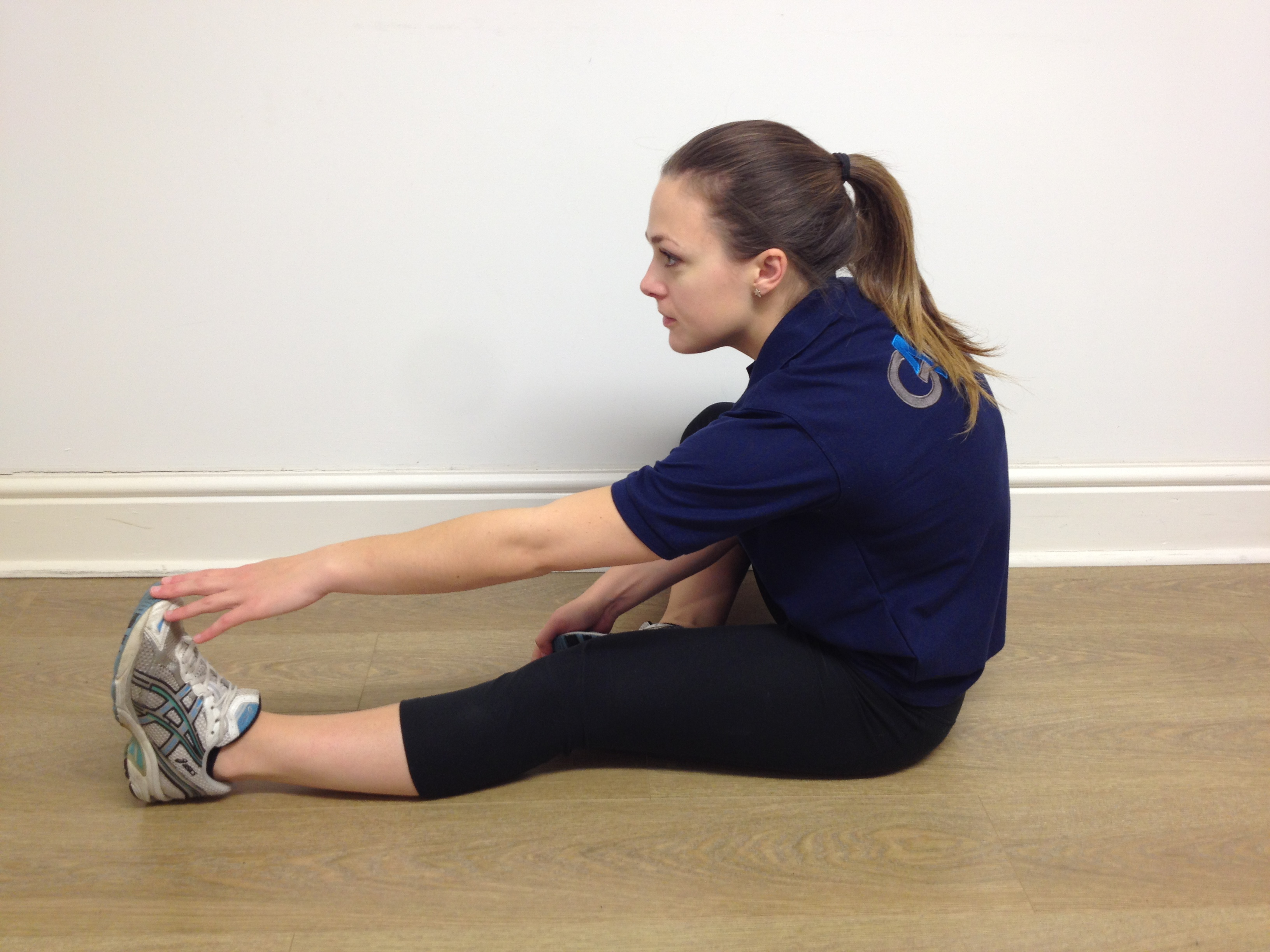 Hamstrings Muscle Stretch Sitting G4 Physiotherapy